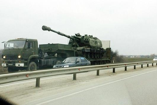 Russia pulled its troops in the North of the Crimea to the Ukraine border
