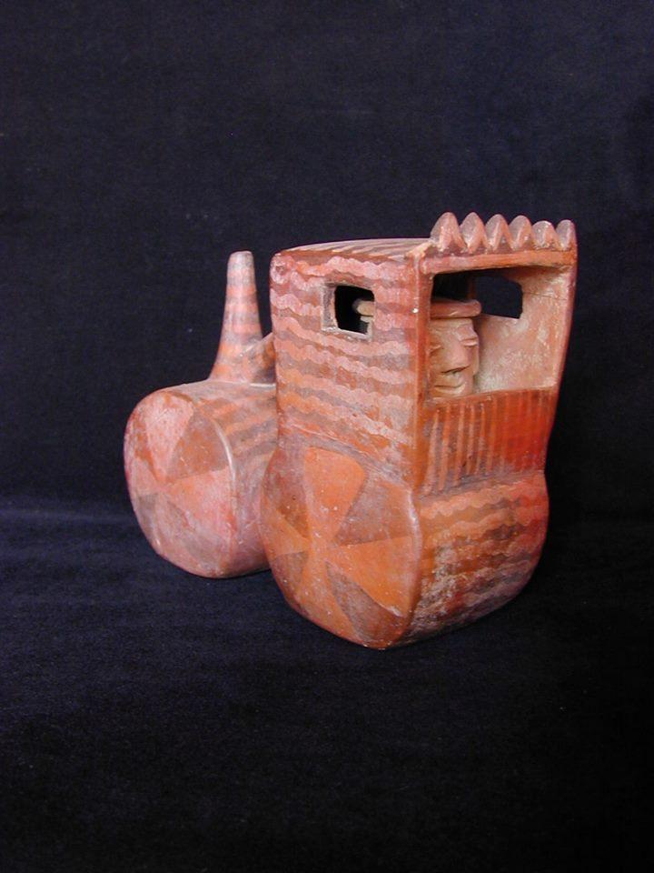 Трактор із доколумбового Перу (200 рр. до н.е - 350 рр. н.е.)